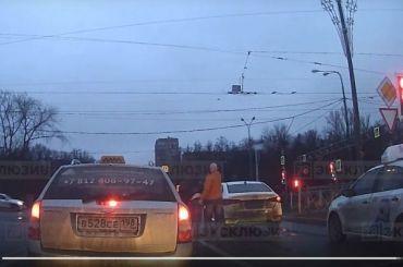 Инцидент сострельбой уТЦ «Жемчужная плаза» попал навидео