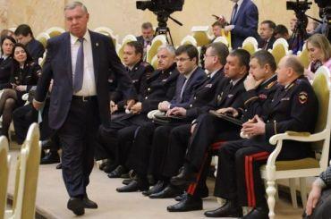 Грудин заявил, что уйдет вармию только после отставки Высоцкого