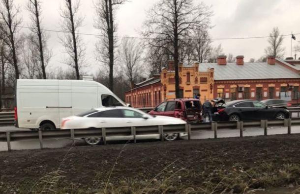 Трое пострадали ваварии наРябовском шоссе