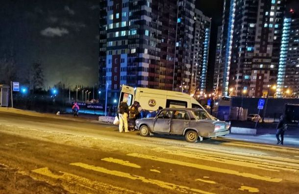 Два человека попали под машину наСоветском проспекте
