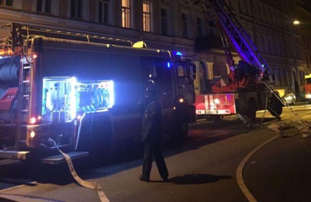 НаПетроградке горел доходный дом Шульгина