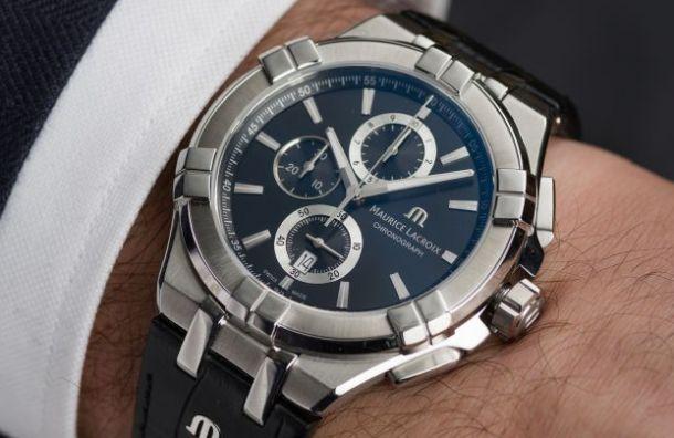 Упетербургского бизнесмена украли часы за184 тысячи рублей