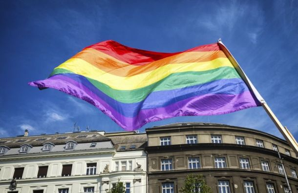 Суд признал законным решение властей несогласовывать ЛГБТ-митинг