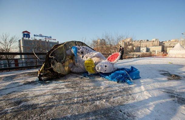 ВоВладивостоке сгорел символ года— огромная мышь стоимостью 700 тыс. рублей