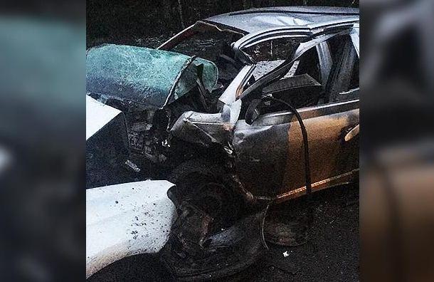 Движение натрассе Псков— Петербург ограничили из-за серьезной аварии