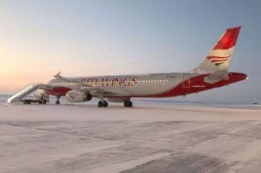 Летевший вПетербург самолет совершил экстренную посадку вПерми