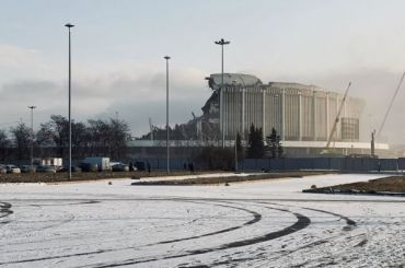 СМИ: рабочий погиб входе обрушения крыши СКК