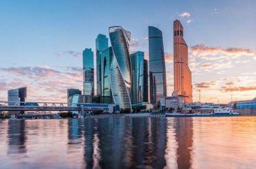 После послания Путина неизвестный взял женщину взаложники вМосква-Сити