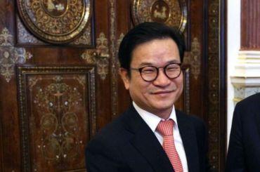 Дипломат изКореи удивился при виде петербуржца внижнем белье