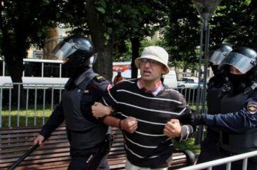 Полицейским иросгвардейцам будут доплачивать заохрану порядка