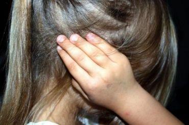 Пьяная бабушка выгнала девятилетнюю внучку издома