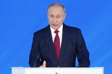 Путин: дети с1-й по4-й класс должны обеспечиваться горячим питанием вшколах бесплатно