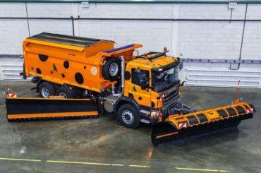 Почти 400 тонн противогололедных материалов подготовили для трассы М-11