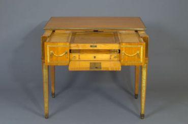 Подлинный столик ЕкатериныII покажут вЦарском Селе