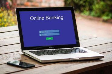 Банкам хотят запретить брать комиссию при платеже зауслуги ЖКХ