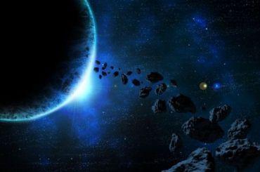 Потенциально опасный астероид приблизится кЗемле 15февраля