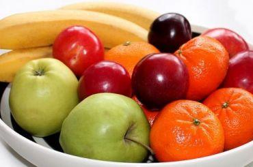 Названы самые популярные фрукты и овощи у россиян