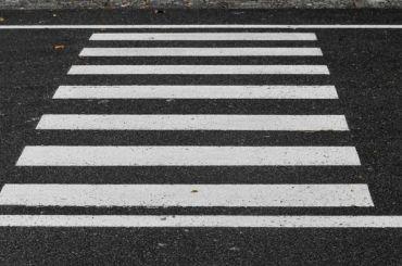 Неизвестный сбил пешехода напротив Детского театра танца Эйфмана
