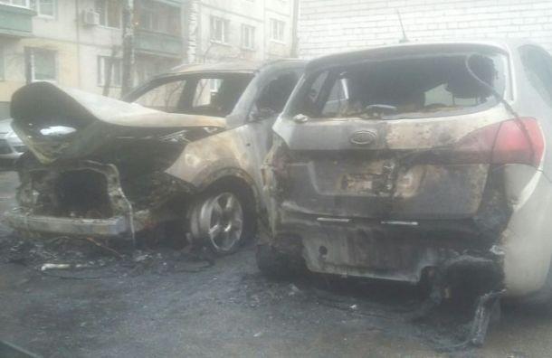 Машину заводящего «Зенита» сожгли вПетербурге