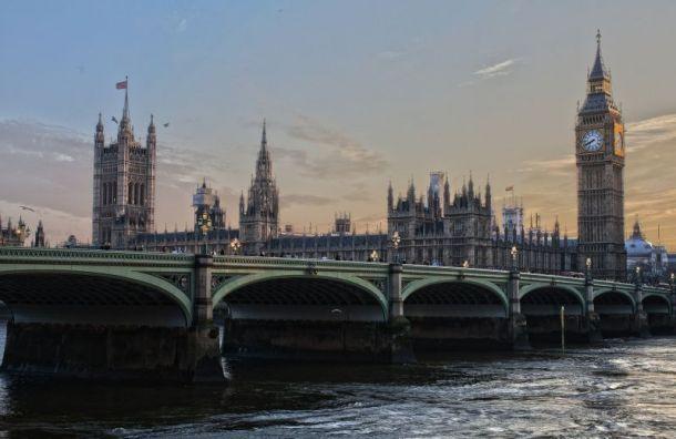 После выхода изЕС Британия снимет часть санкций против России