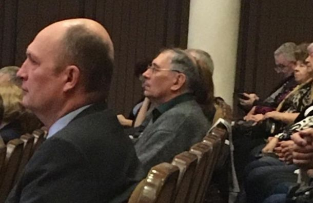 Глава администрации Пушкинского района скрывается отместных жителей