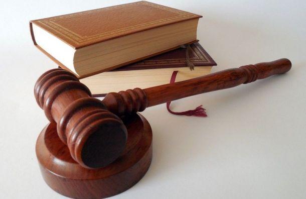Петербуржца, подозреваемого вубийстве матери, снова незаключили под стражу