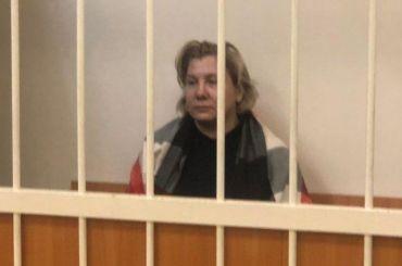 Обвиняемую вовзятке чиновницу Светушкову отправили под домашний арест