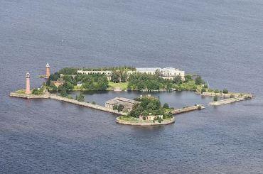 Кабмин выделил 2,3 млрд рублей нареконструкцию форта Крошлот