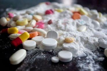 Студентки изПетербурга приехали вПсков закладывать наркотики