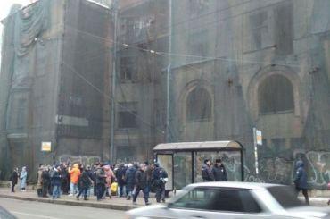 Градозащитники продолжают защищать отсноса дом Басевича