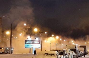«Чуть ударили морозы»— часть петербуржцев попрощались сгорячей водой