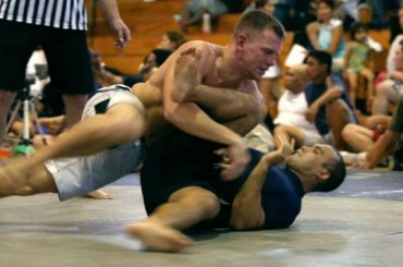 Боец из Дагестана сломал шею на турнире в Петербурге