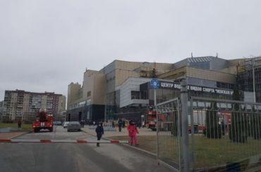 Бассейн «Невская волна» загорелся вНевском районе