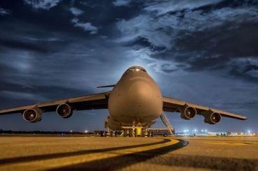 Вылет нескольких самолетов из Петербурга на Ямал отложили из-за непогоды