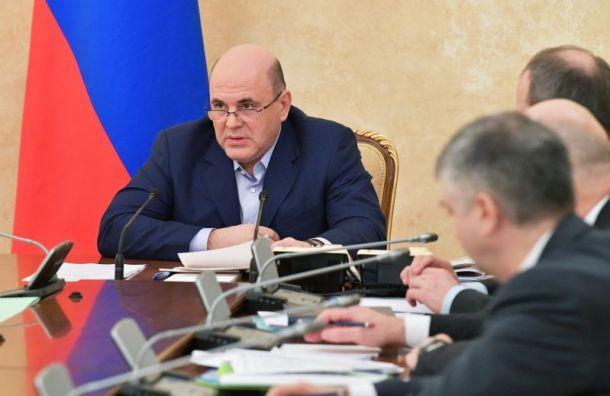 Кабмин выделил Минпромторгу 7,5 млрд рублей назакупку аппаратов ИВЛ