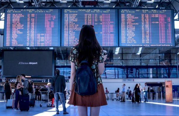 Аэропорт Пулково закрыл вход впассажирский терминал натретьем этаже