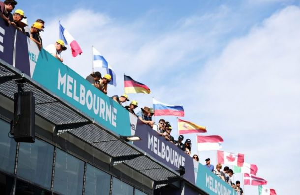 «Формула-1» отменила Гран-при Австралии из-за коронавируса