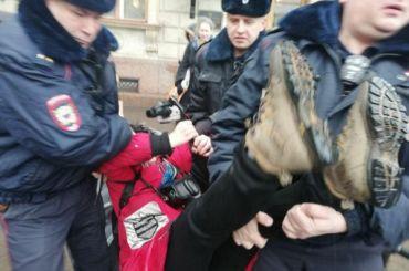 Полиция задержала пятерых петербургских активистов