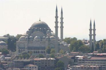 Вмечетях Турции проповедуют против коронавируса