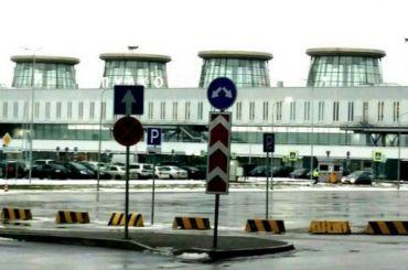 Смольный неподнимал вопрос обизменении облика старого терминала Пулково