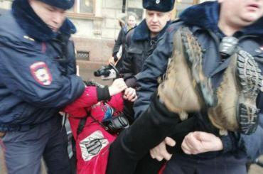 Задержанных запикеты уЗакСа оставят вполиции досуда