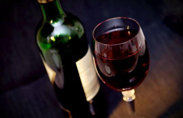 Нарколог Минздрава заявил обопасности алкоголя итабака впериод пандемии