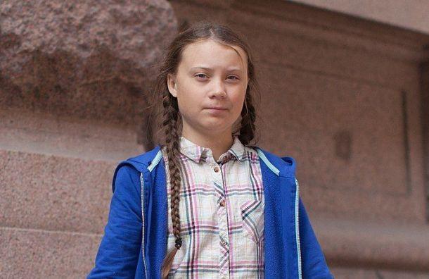 Грета Тунберг пожертвовала $100 тысяч напомощь детям вовремя коронавируса