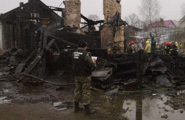 Власти Ленобласти оплатят похороны погибшей впожаре вВыборге семьи