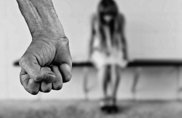 Петербуржец изуродовал девушку вовремя ссоры