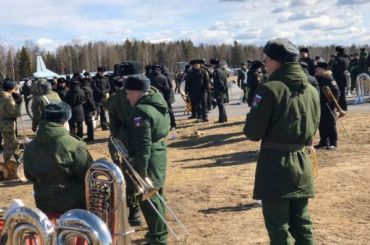 Репетиция парада Победы прошла вЛевашово без масок