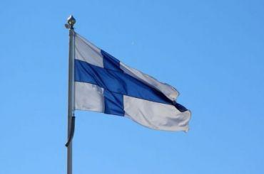 Сотрудников Генконсульства Финляндии вывозят изПетербурга