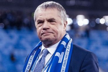 Футболистам итренерскому штабу «Зенита» вдвое сократили зарплаты