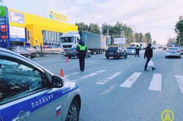 Водитель сбил женщину стремя детьми под Петербургом