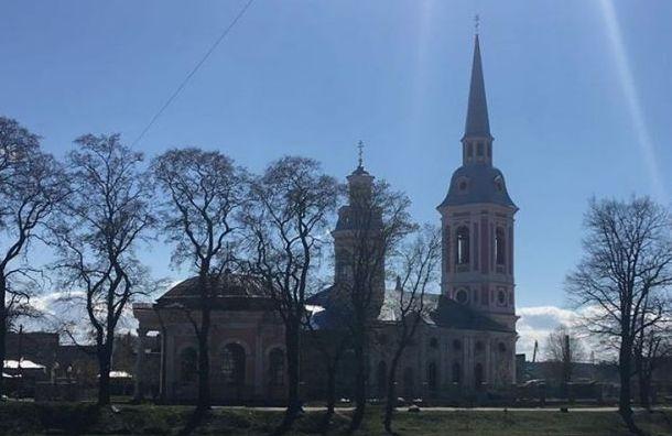 Воскресенье в Петербурге будет очень теплым